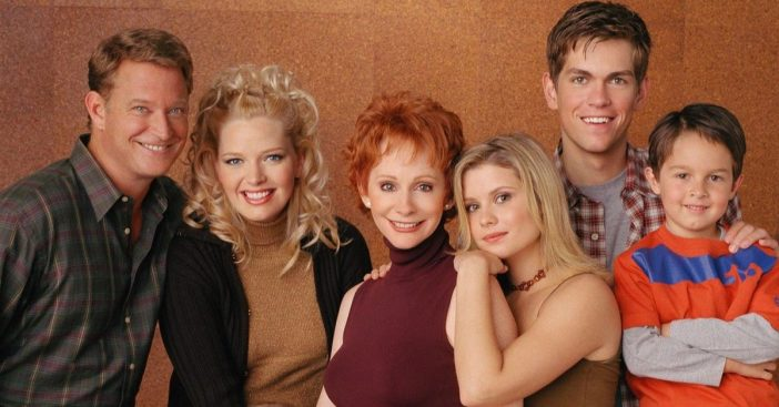 Reba McEntire says the cast of Reba is up for a reunion