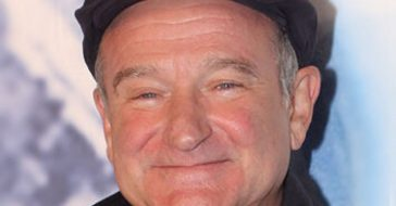 Robin Williams son is working with a mental health organization in his dads honor