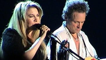The Reason Why Lindsay Buckingham Is Still Mad At Stevie Nicks