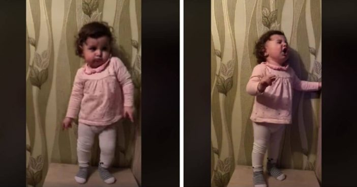 Toddler Dances To '50s Rock Music In Adorable Video (1)