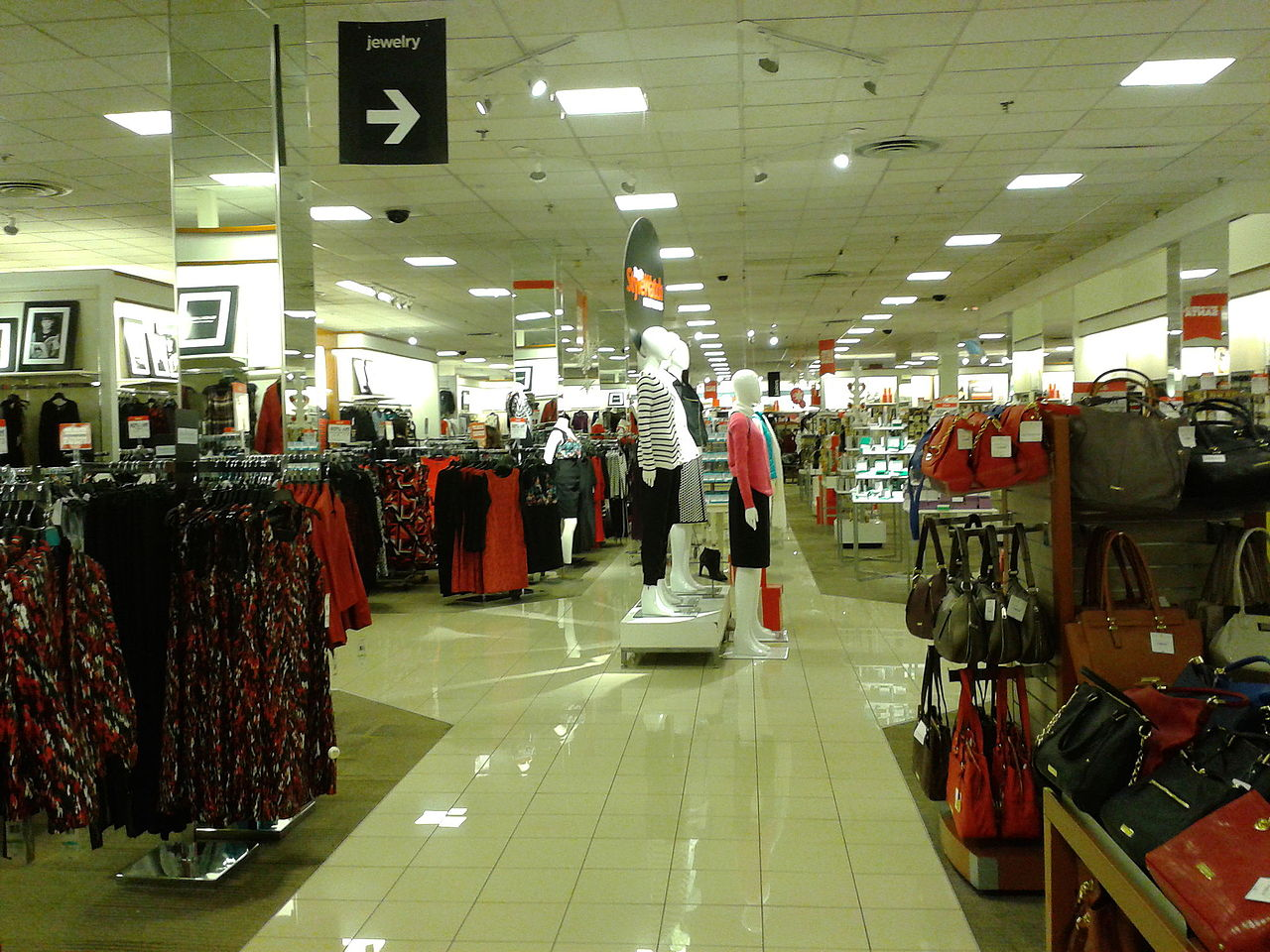 jc penney filing possible bankruptcy