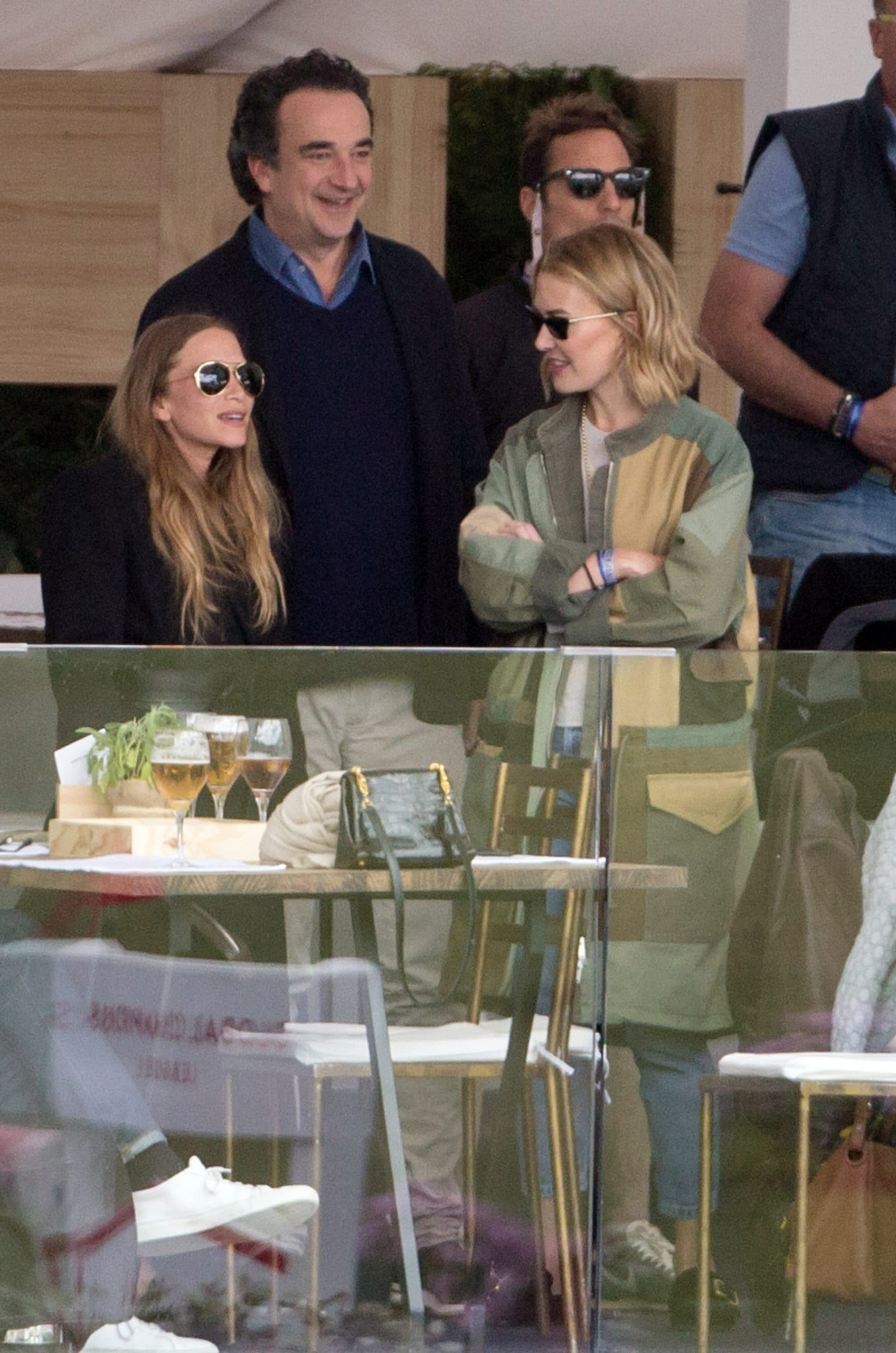 mary kate olsen husband and friends