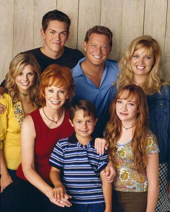reba sitcom cast