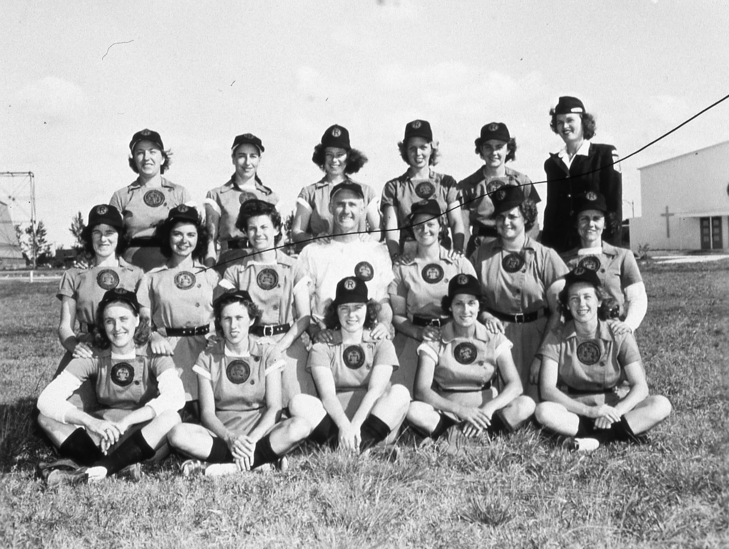 rockford peaches baseball team