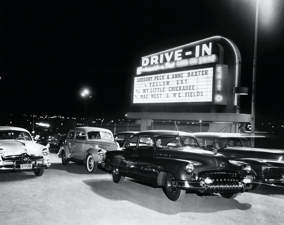restaurants turning parking lots into drive-in theaters
