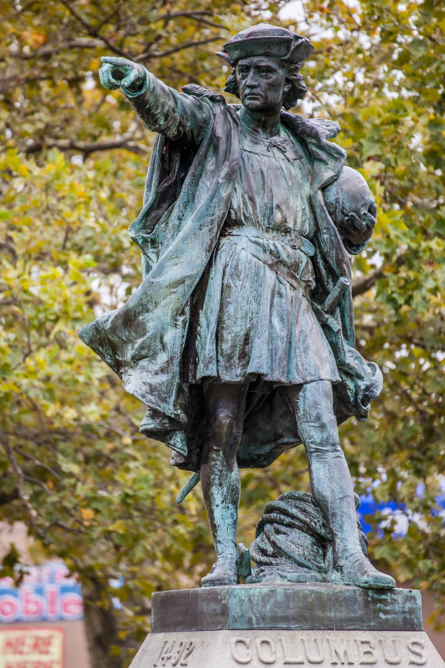 christopher columbus statues being vandalized