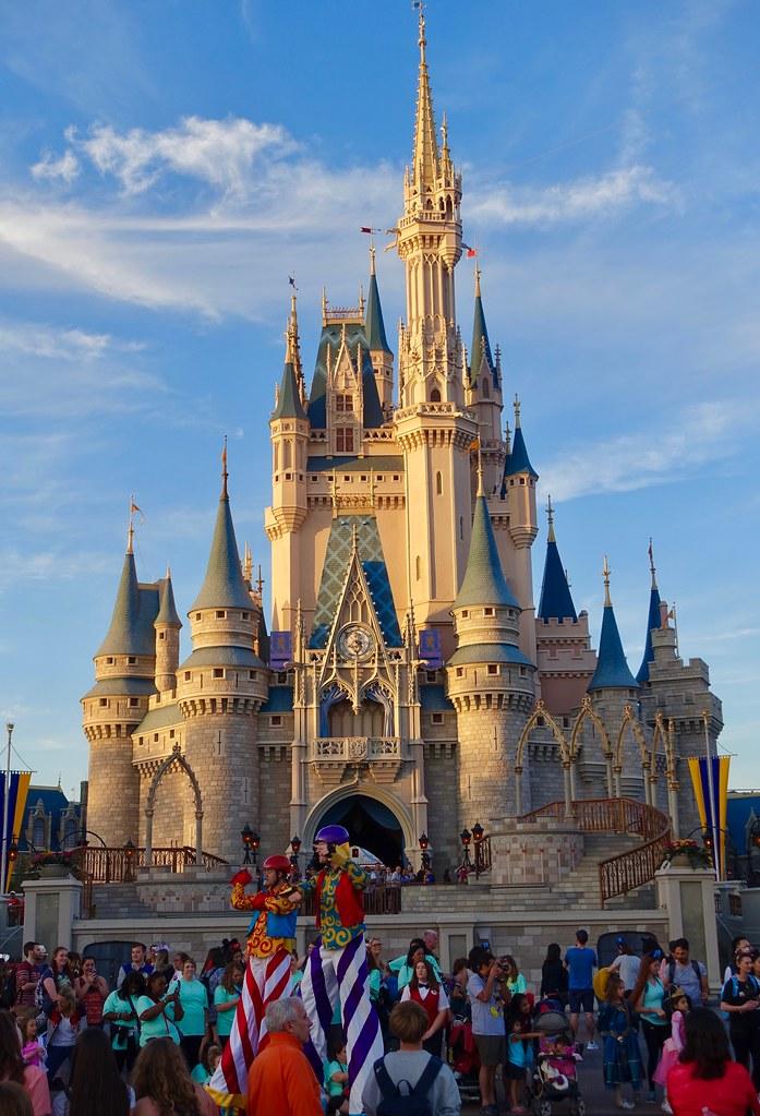 disney world magic kingdom cinderellas castle