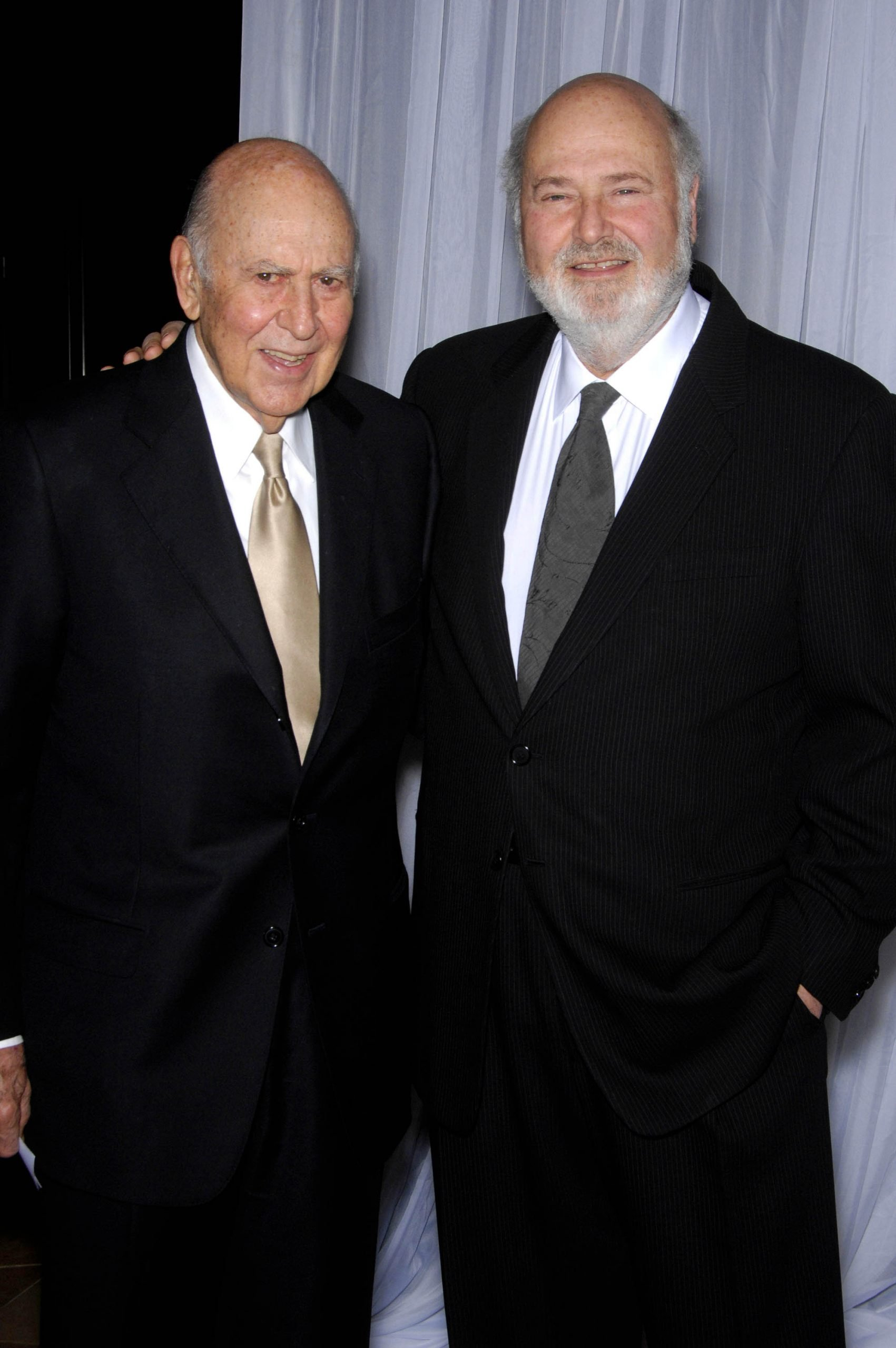 celebrities pay tribute to carl reiner