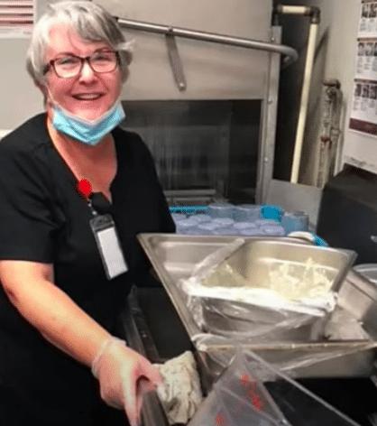 Woman Takes Job As Dishwasher Just To See Husband In Nursing Home During Pandemic