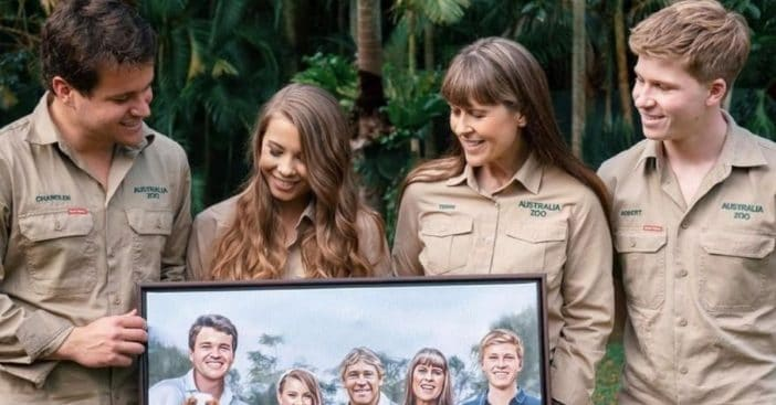 Bindi Irwin shares painting of her wedding that includes late father Steve Irwin