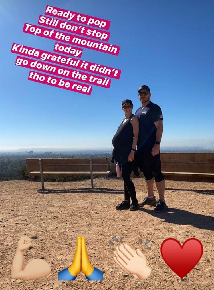chris pratt katherine schwarzenegger hiking pregnant