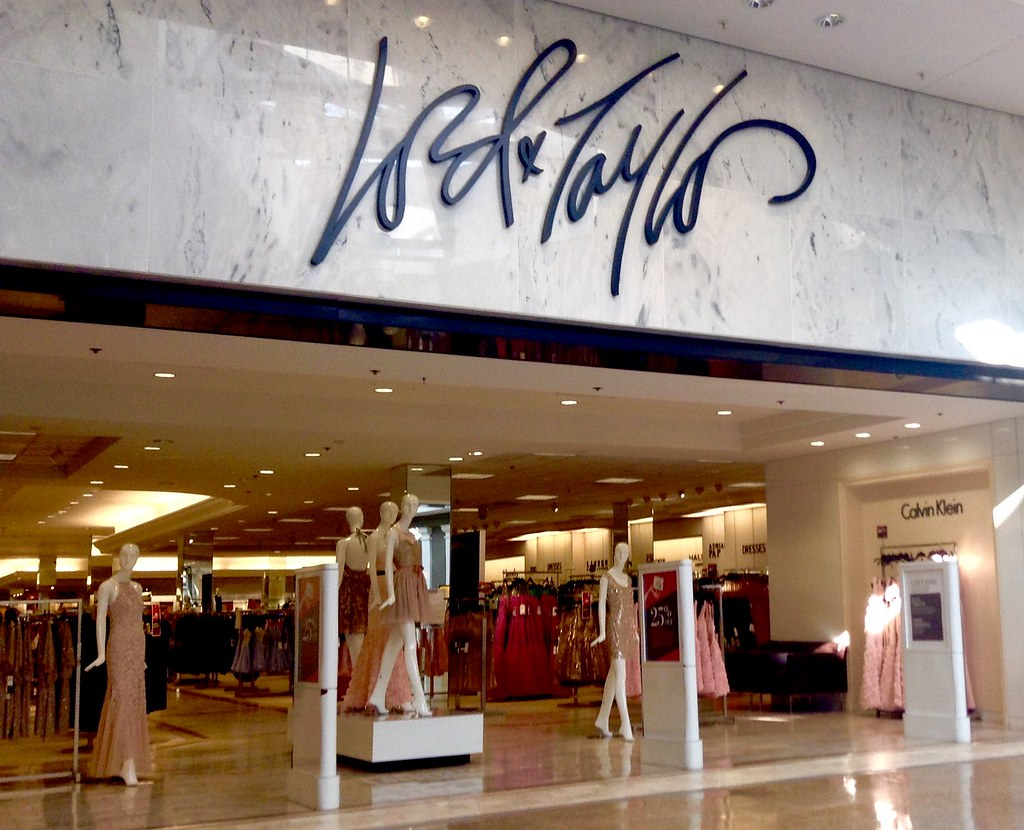lord and taylor department store mall