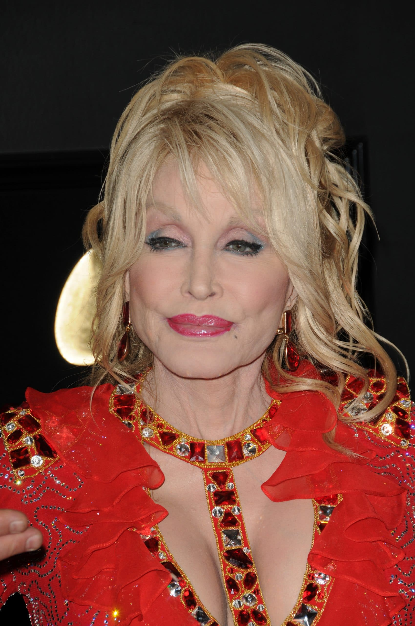 Dolly Parton Believes You Should Treat Marriage Like A Business