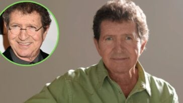 mac davis critically ill