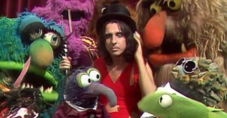 Alice Cooper talks about being on The Muppet Show