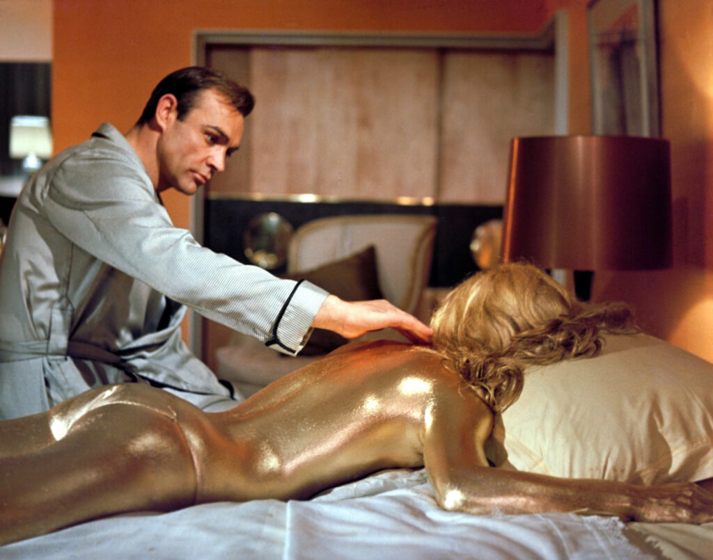 sean-conner-shirley-eaton-in-the-james-bond-film-goldfinger