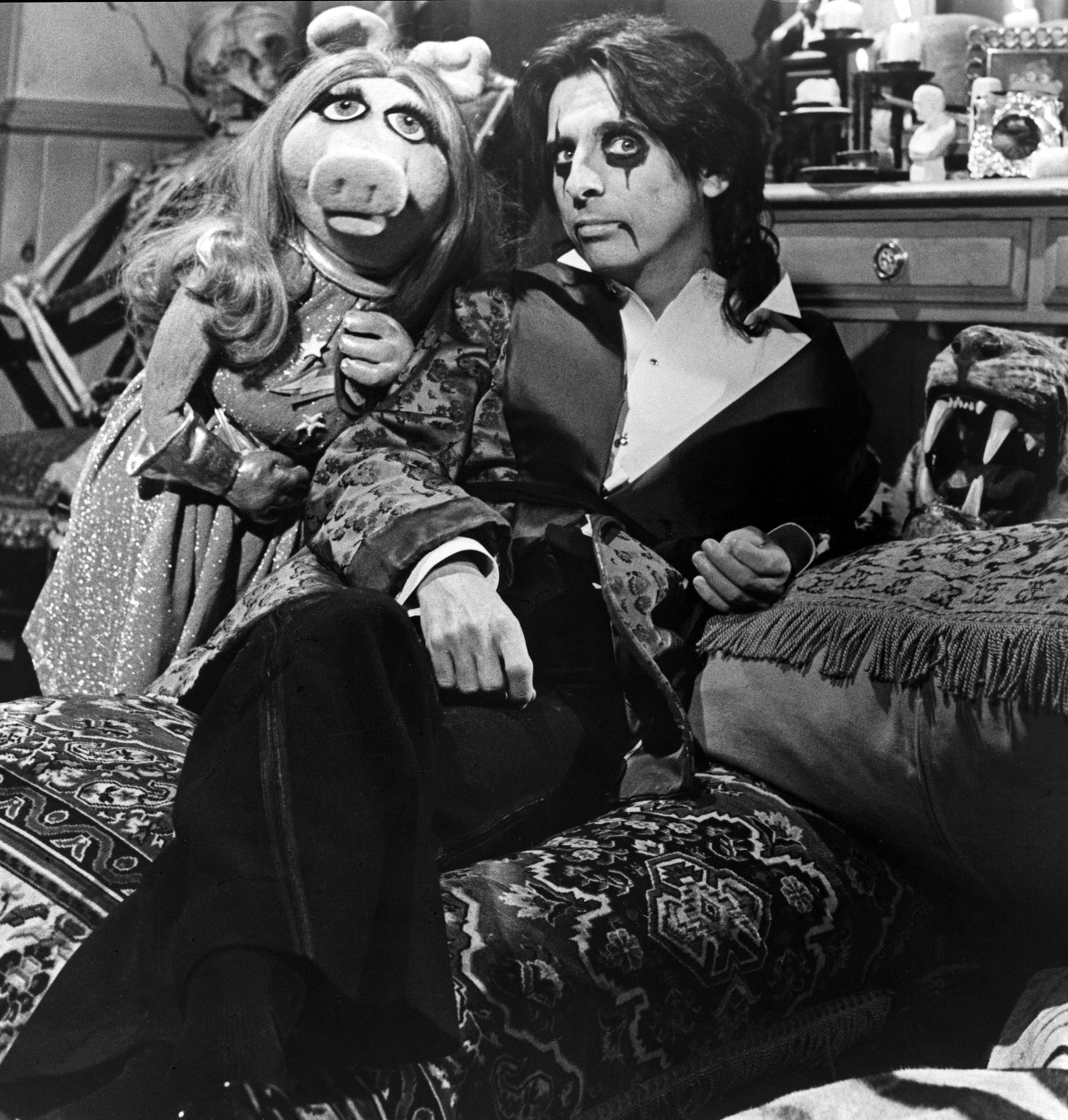 miss piggy alice cooper the muppet show
