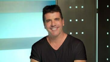 Simon Cowell still recovering after back surgery in August