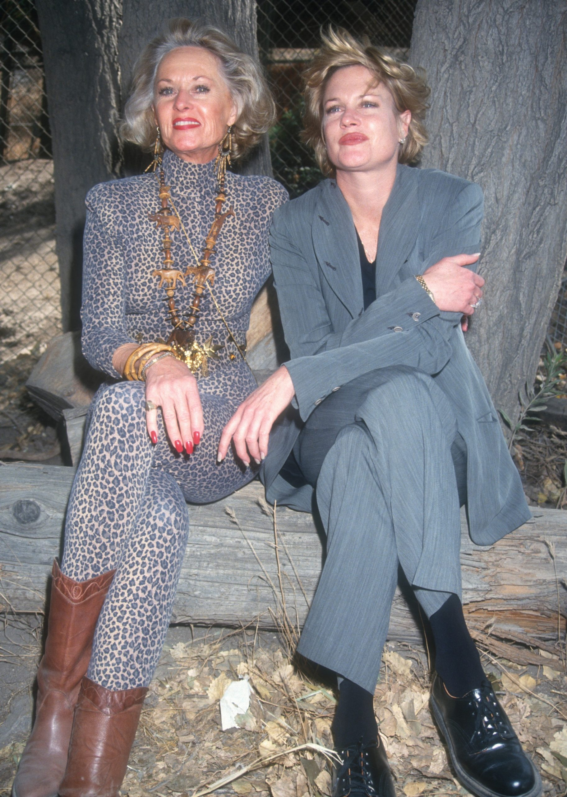tippi-hedren-and-daughter-melanie-griffith