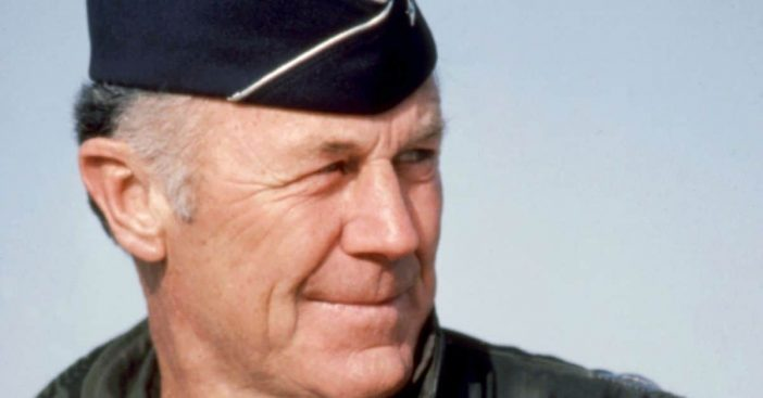 Chuck Yeager dies at 97