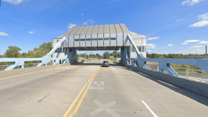 Fort Street bascule bridge raises up at 7 p.m. but that did not stop one driver