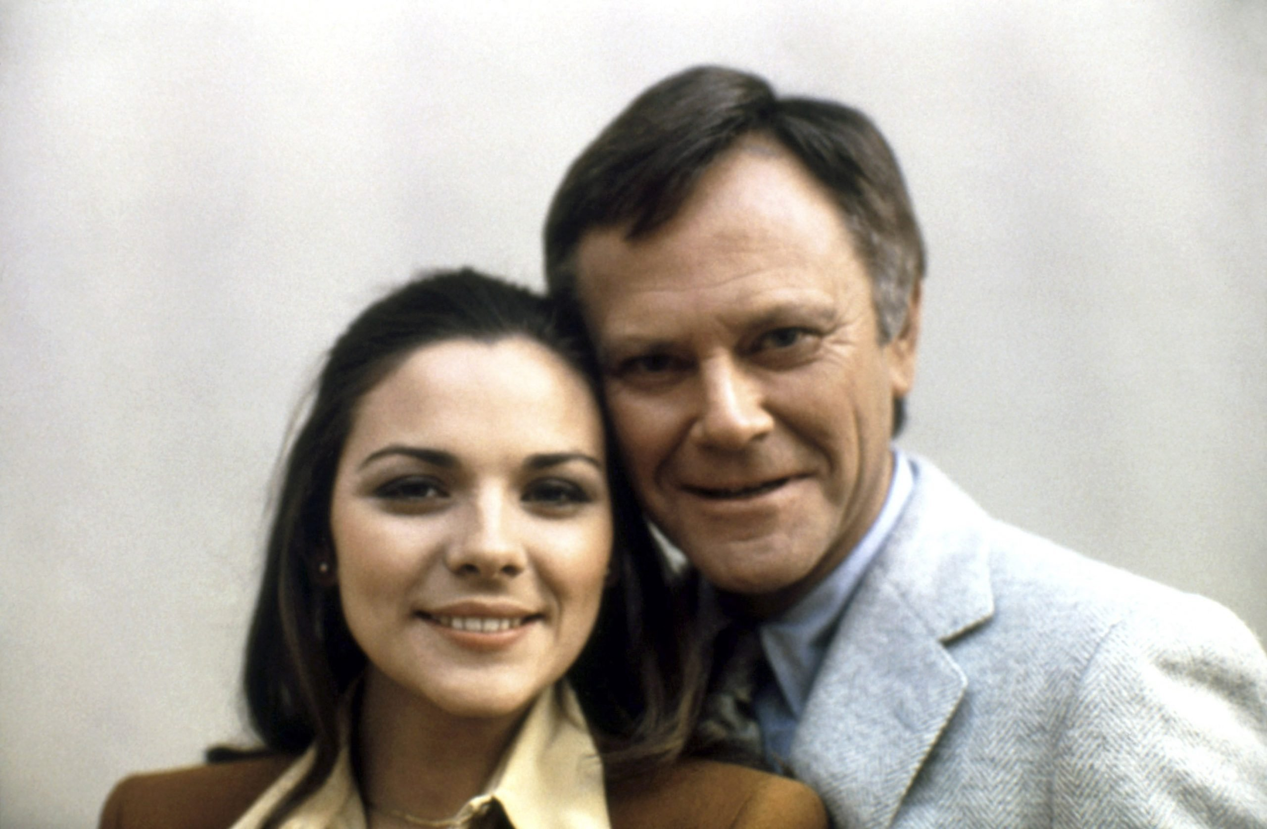 Kim Cattrall, Dick Sargent
