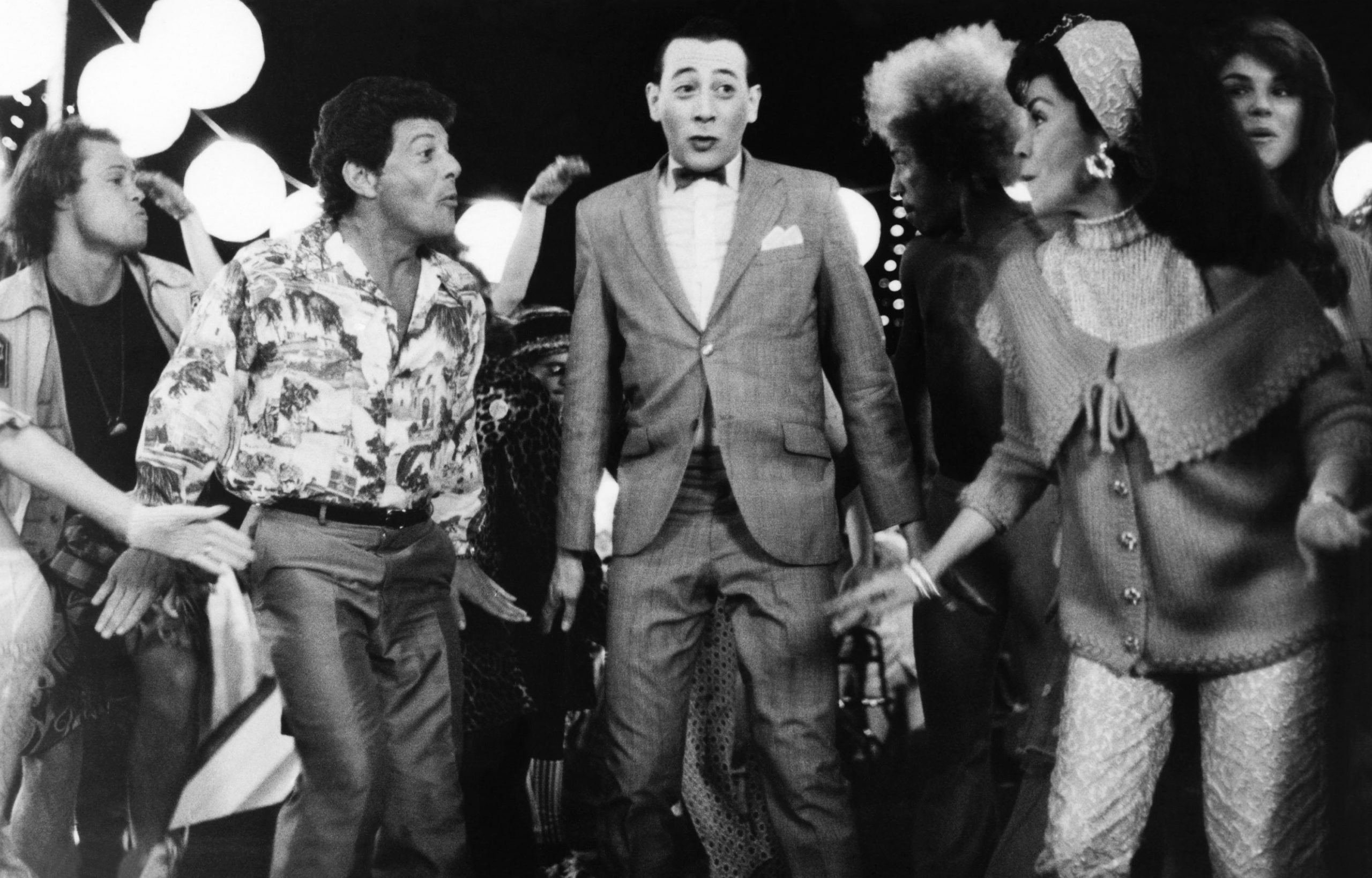frankie-avalon-pee-wee-herman-annette-funicello-back-to-the-beach
