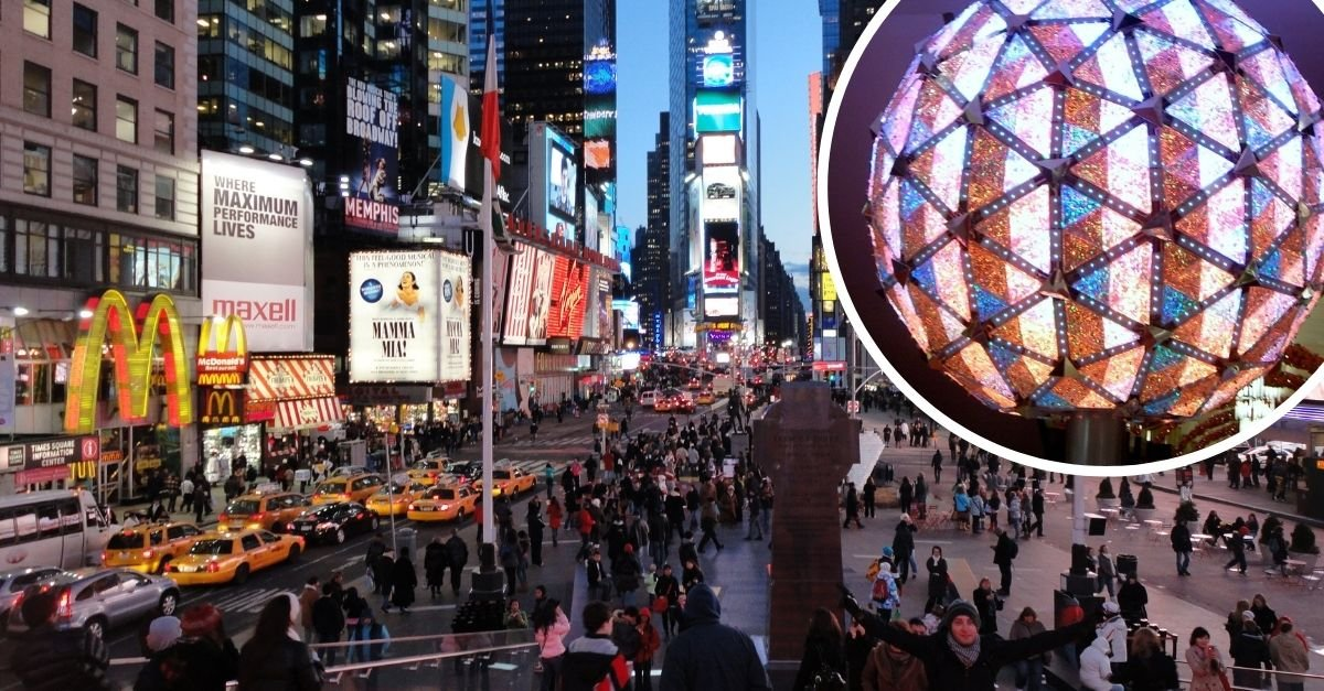 New Year's Eve Ball In Times Square Will Only Drop Virtually This Year