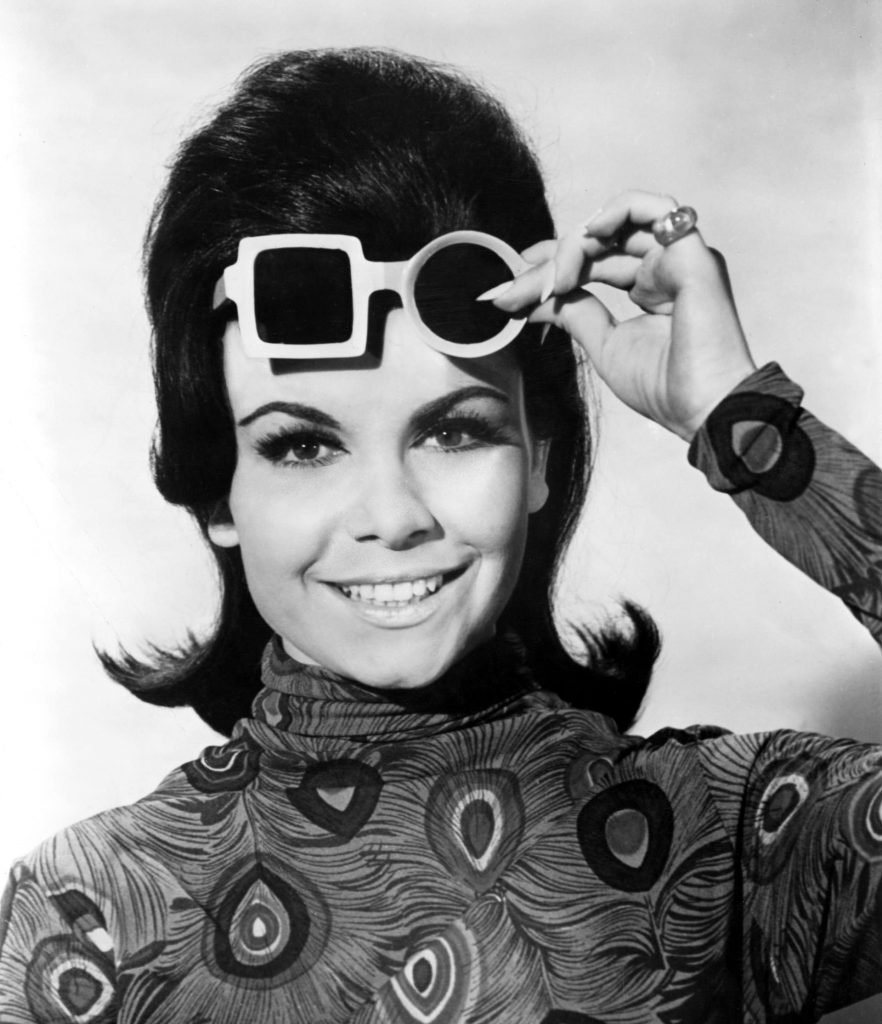 annette-funicello-thunder-alley