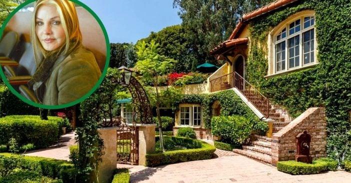 Priscilla's Beverly Hills estate