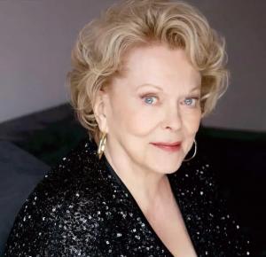 Kiefer Sutherland mourns mother Shirley Douglas