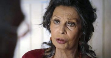 Sophia Loren says she feels like she is still 20