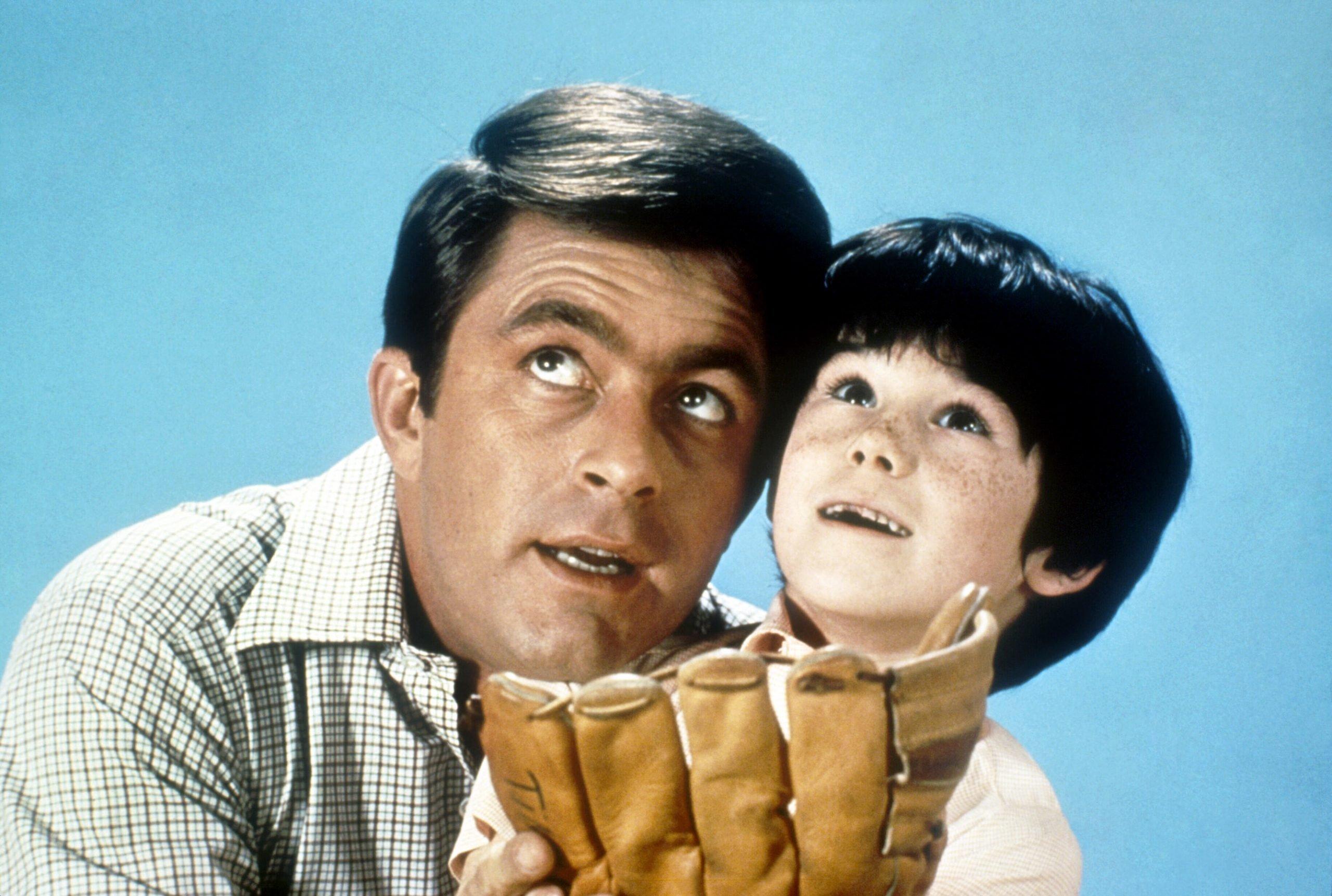 bill-bixby-brandon-cruz-the-courtship-of-eddies-father