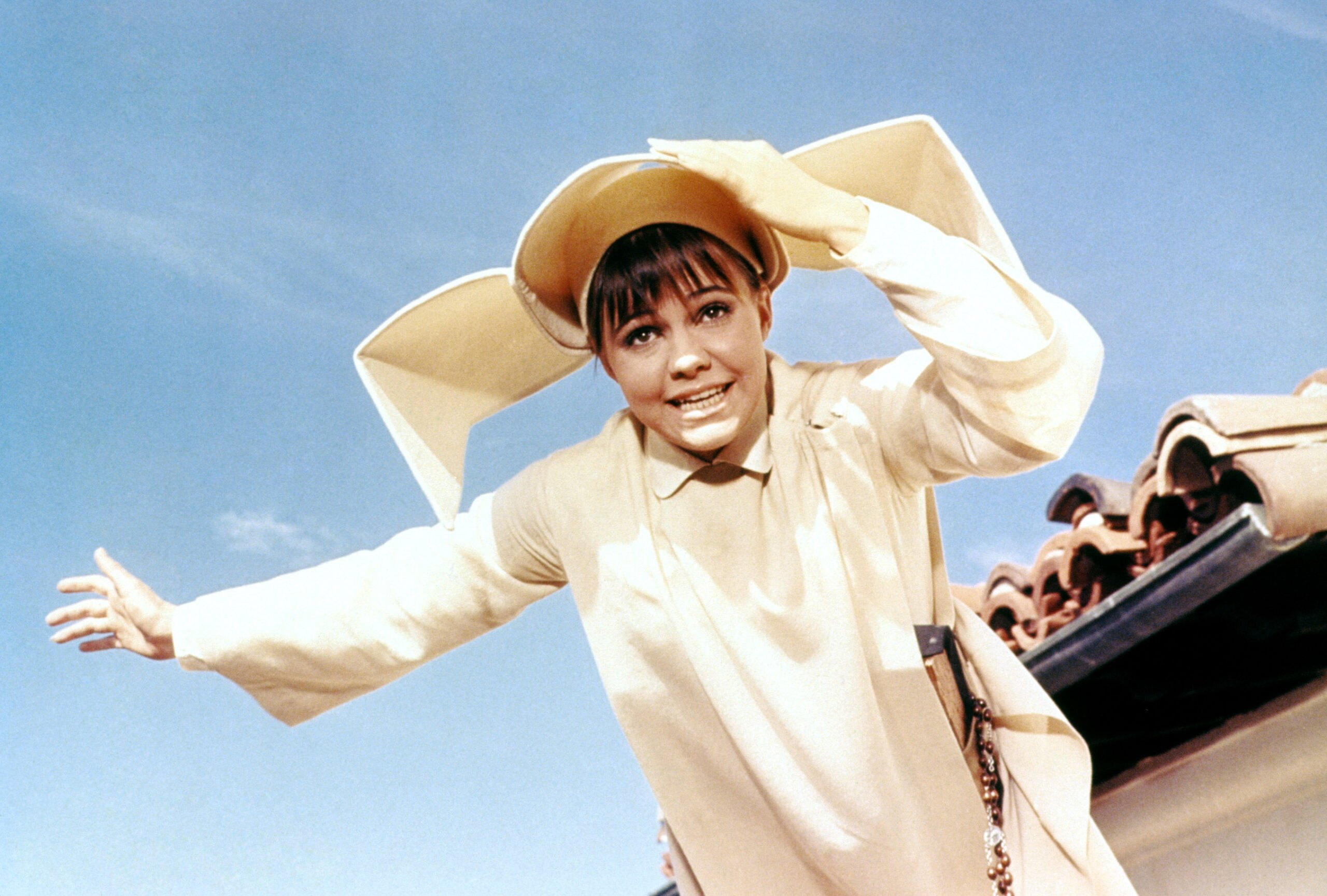 sally field hated the flying nun