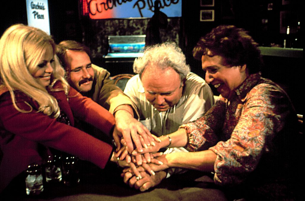 sally-struthers-and-the-cast-of-all-in-the-family