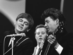 The Everly Brothers helped the song rocket to popularity
