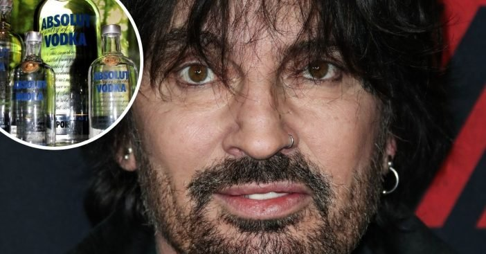 Tommy Lee admits he was drinking two gallons of vodka per day