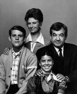 While Erin Moran had a difficult family life later, she considered her cast a family through and through