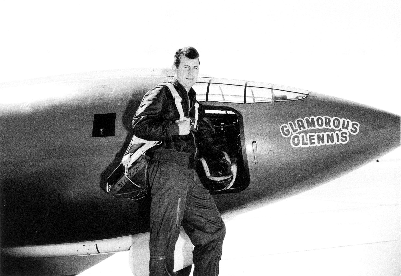 chuck yeager pilot glamorous glennis