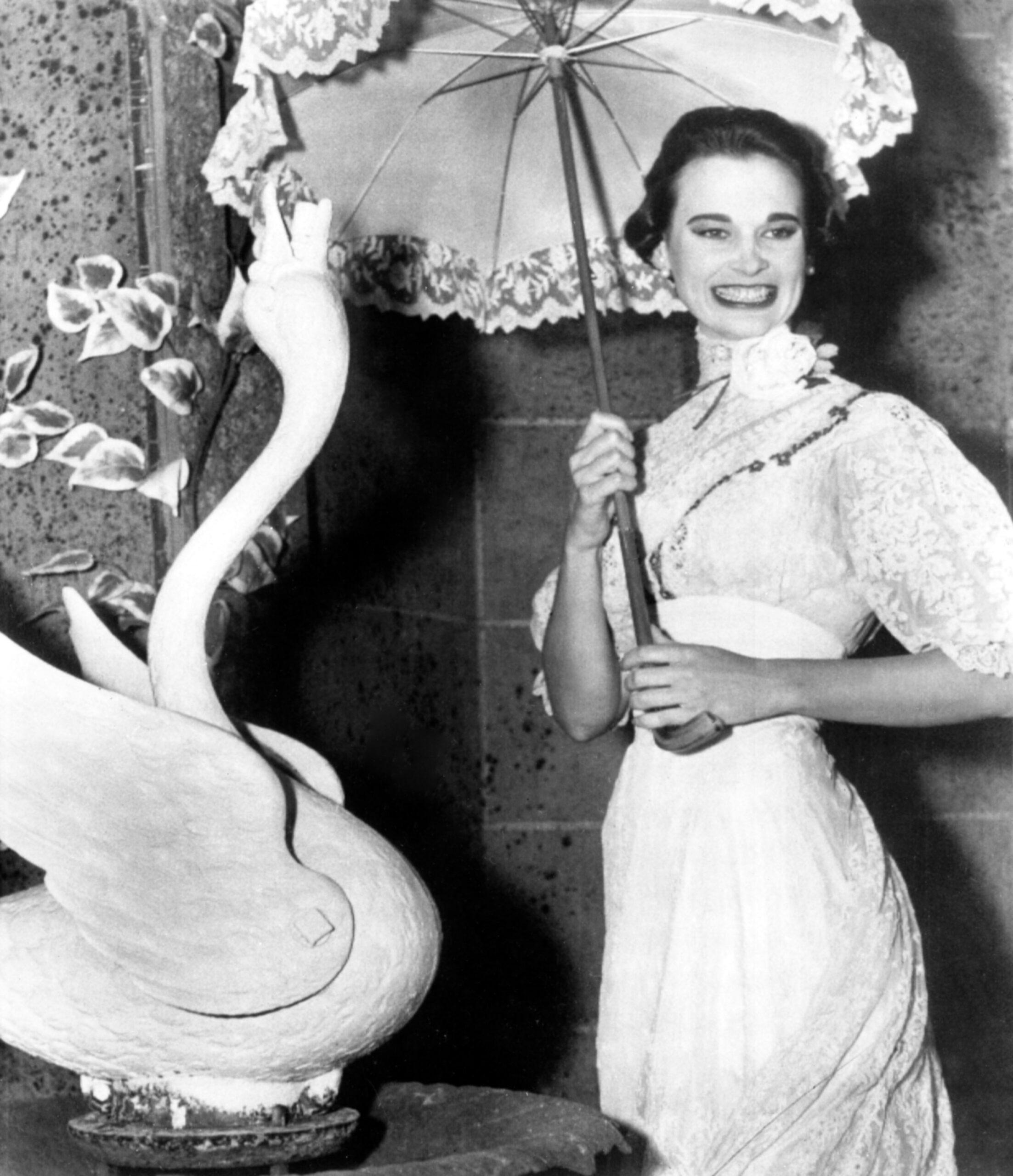 Gloria Vanderbilt 'The Swan' Pocono Playhouse