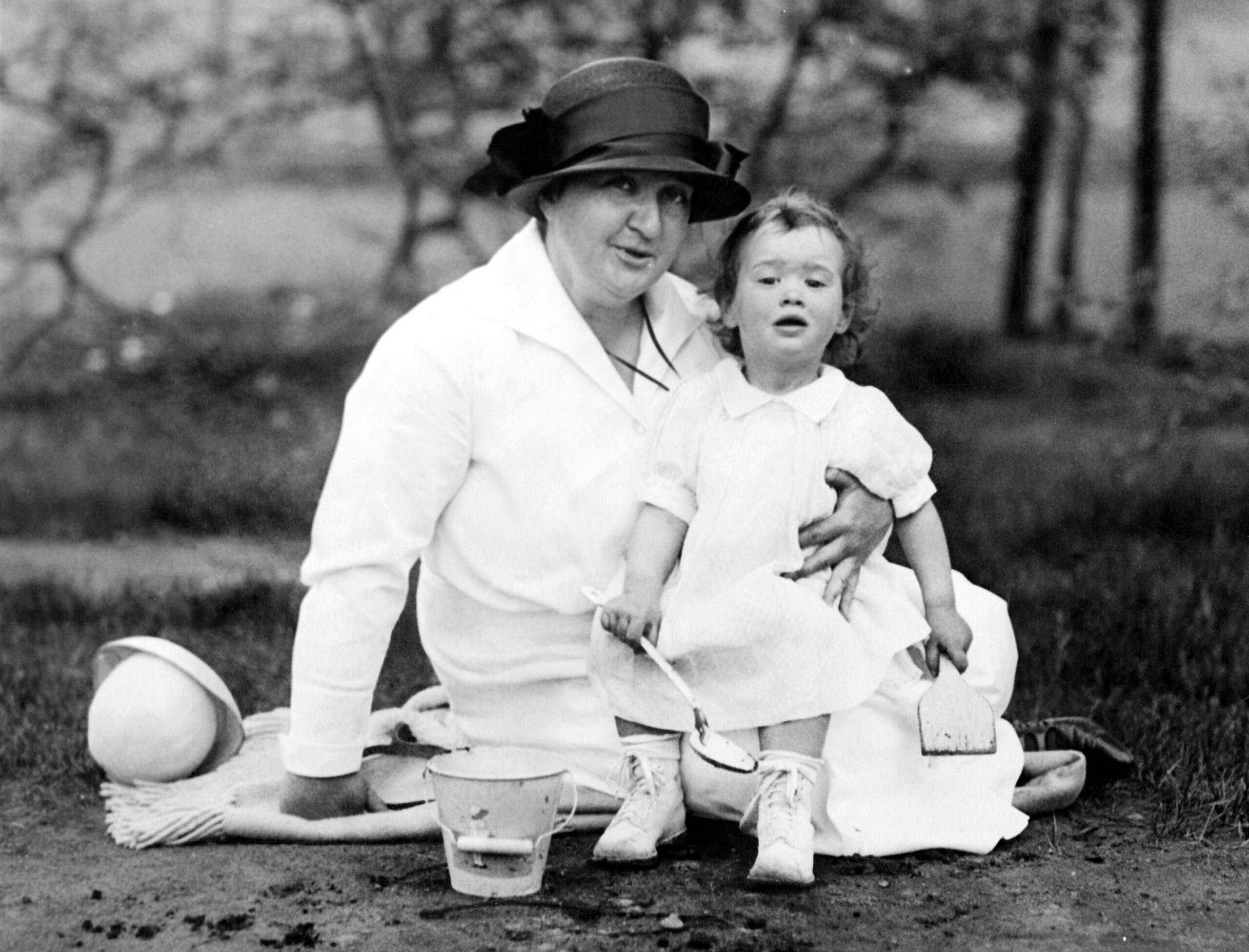Gloria Vanderbilt Emma Keilisch Central Park