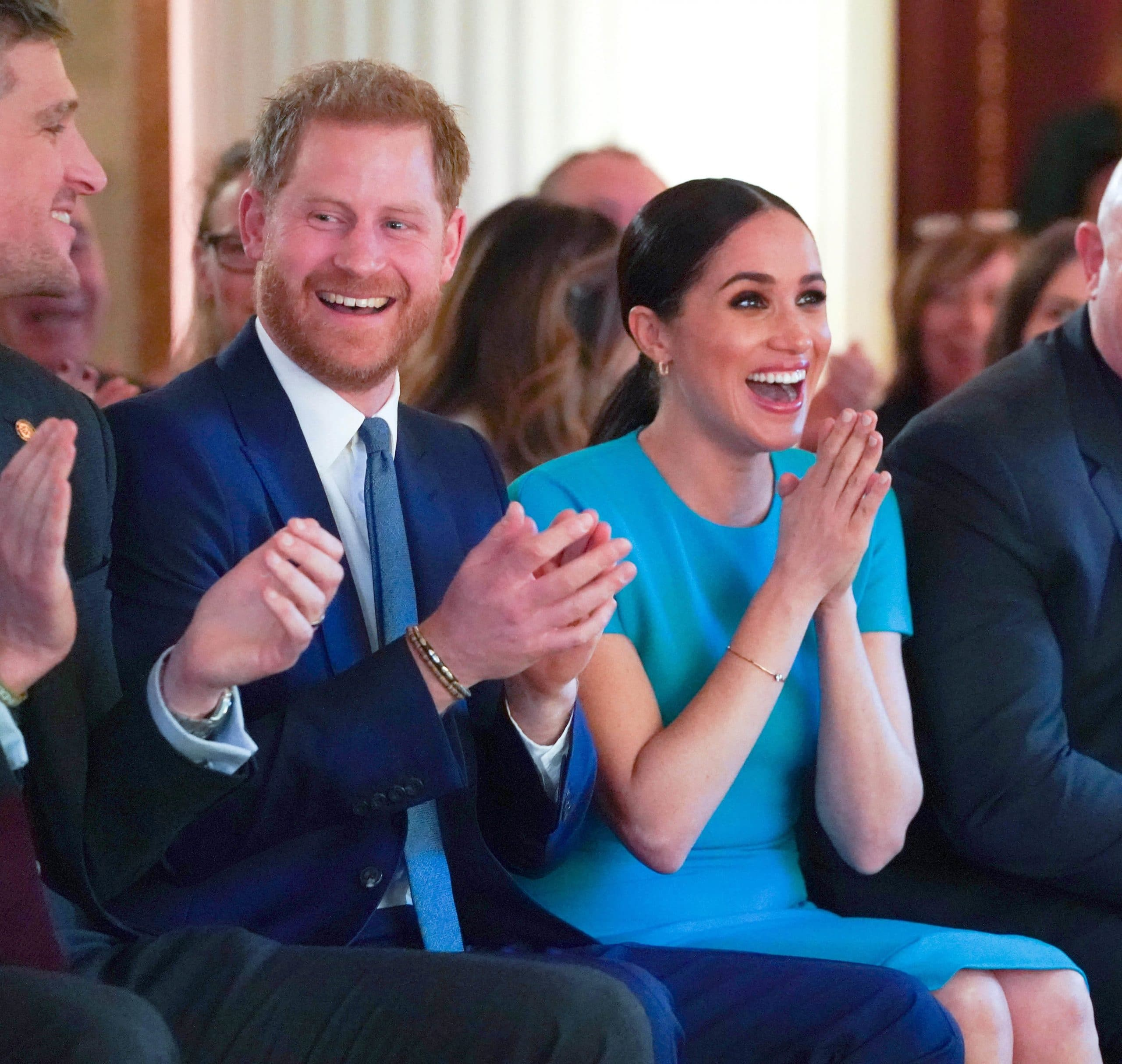 prince harry meghan markle clapping
