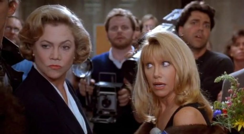 suzanne-somers-kathleen-turner-serial-mom