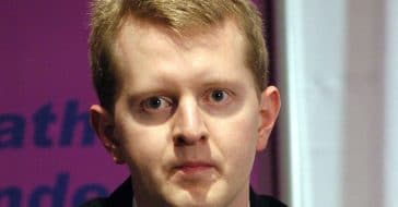 Ken Jennings is sarcastic with a fan on social media