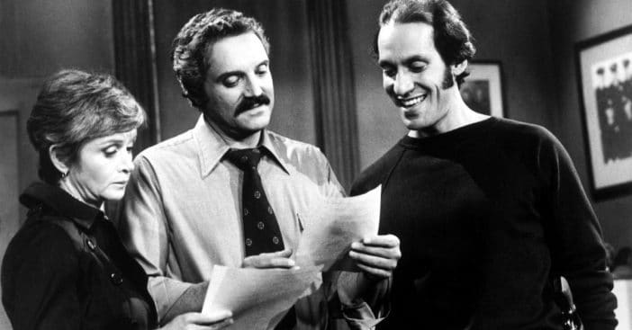 Gregory Sierra, 'Sanford and Son' and 'Barney Miller' actor, dies at 83