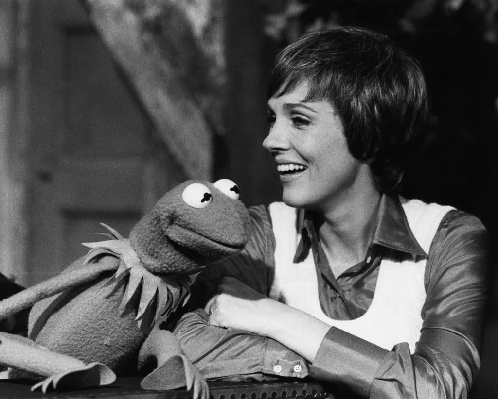 julie-andrews-kermit-the-frog