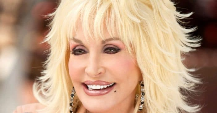 Dolly Parton asks legislators to remove Bill about a statue of her