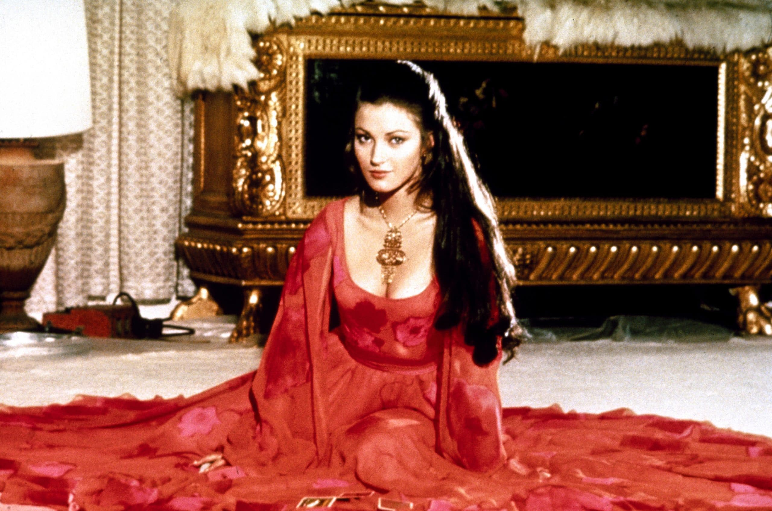 LIVE AND LET DIE, Jane Seymour, 1973