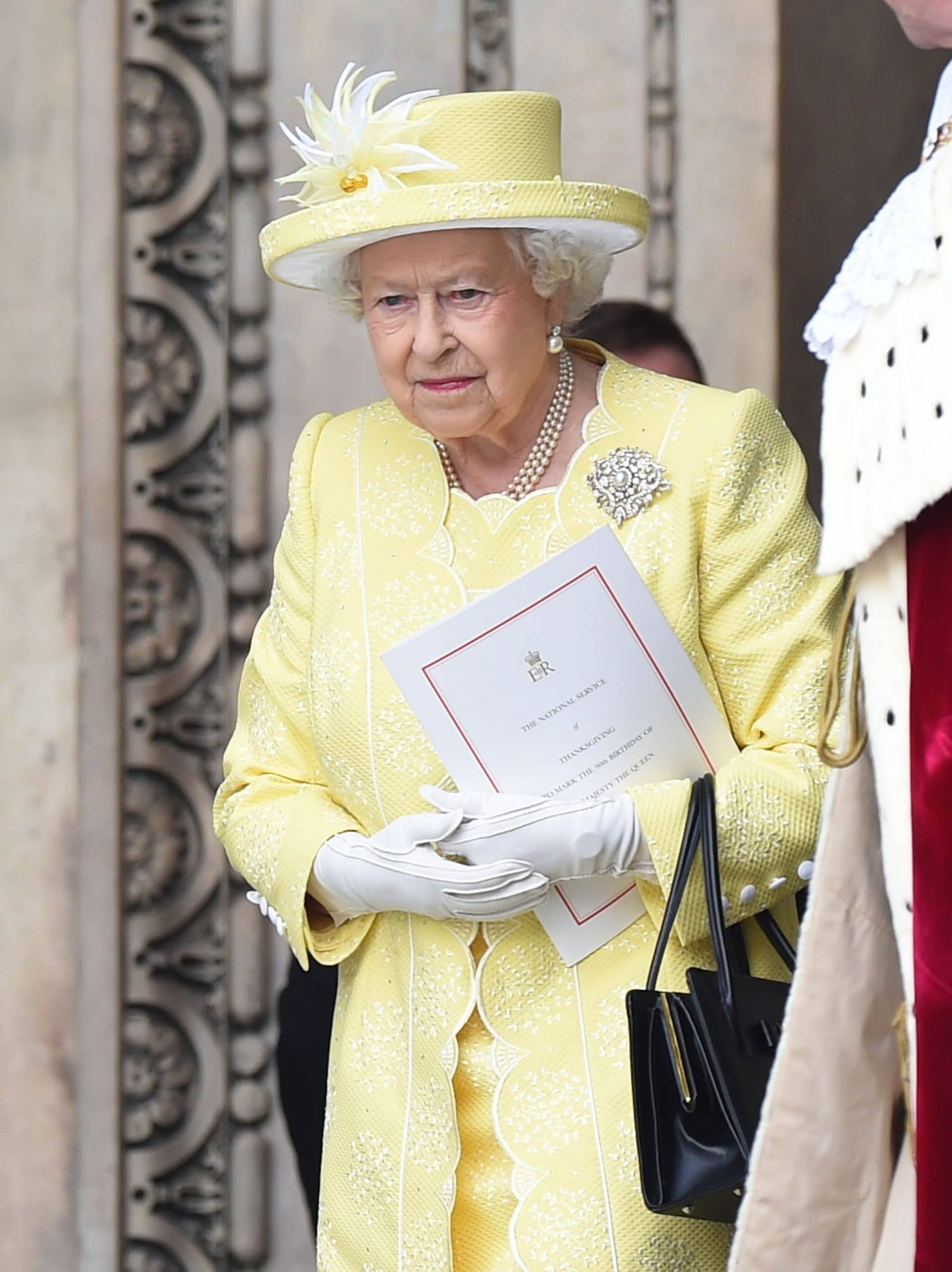 Queen Elizabeth To Speak With Royal Family Members After Meghan's Racism Claims