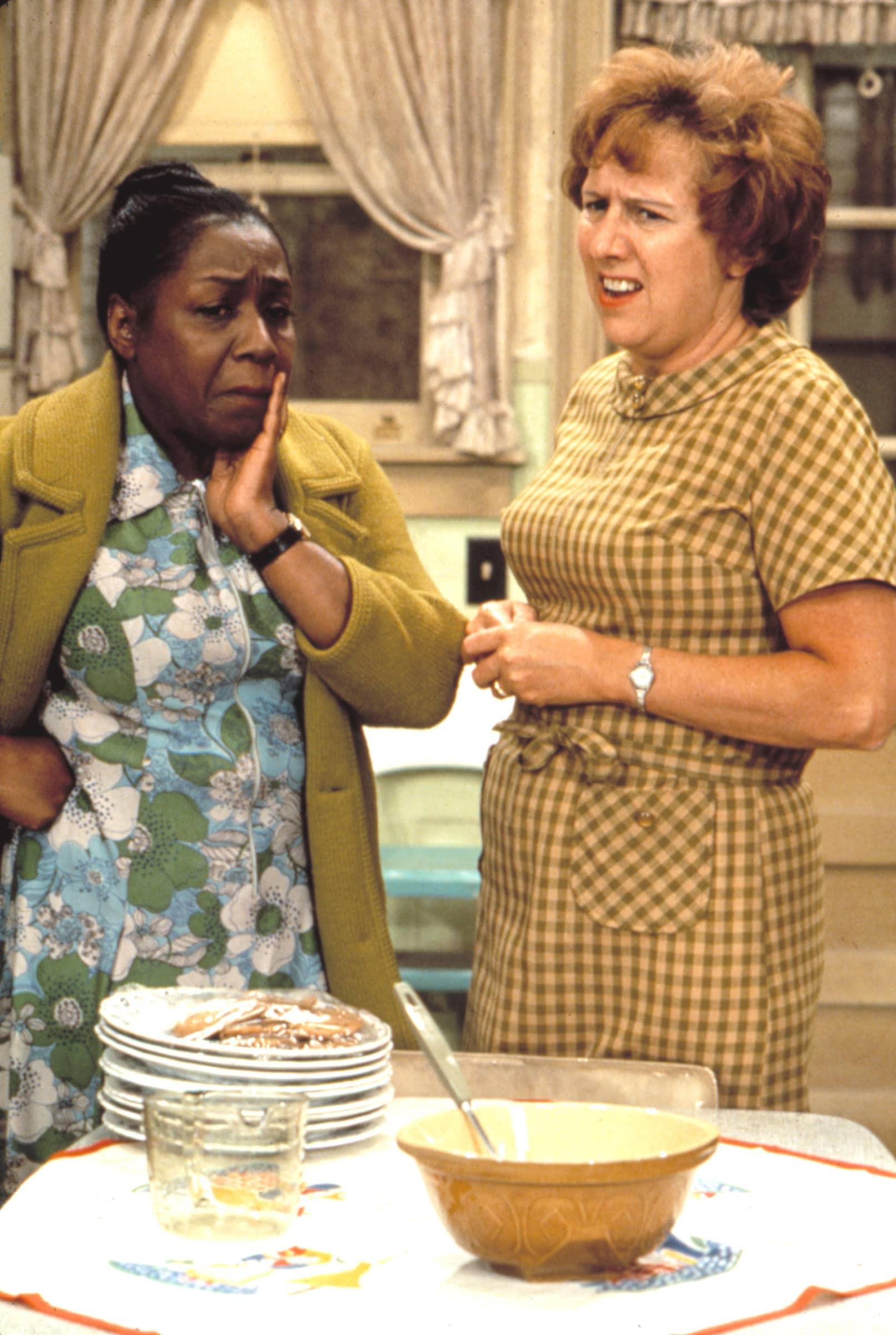 ALL IN THE FAMILY, Isabel Sanford (1971-75), Jean Stapleton, 1971-1979
